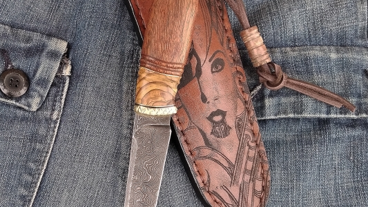 нож * Дева*
