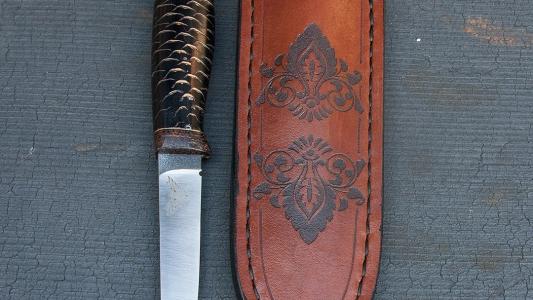 Нож * Шишка*